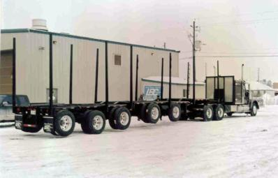Trailer with lift device - 2007.jpg